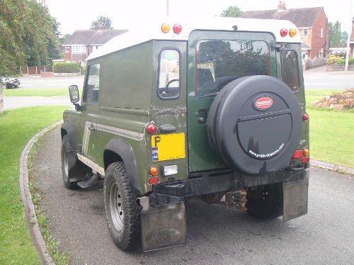 Land Rover Ninety-2