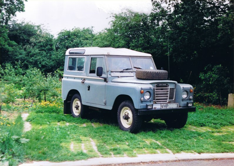 Land Rover Series III-1